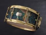 カノウプス スタビライズド ウッド スネアドラム トチノキ 加圧真空鋳造 ハイブリッド材 バックアイターコイズ 限定